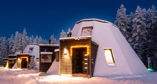 Glass Resort during the winter
