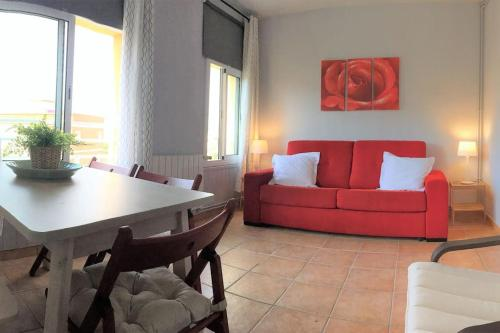 A seating area at HORTAS HOUSE FULLY EQUIPPED SPACIOUS TWO BEDROOM HOUSE with ROOF TERRACES Ref MRHAE