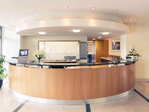 The lobby or reception area at Mercure Hotel Riesa Dresden Elbland