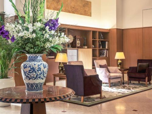 The lobby or reception area at The Cypress Mercure Hotel Nagoya