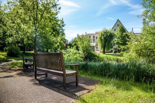 Ein Garten an der Unterkunft Spa Hotel Amsee