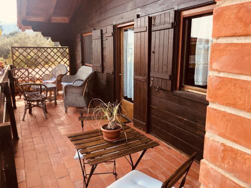 A porch or other outdoor area at Villa Rosemada, Mondello