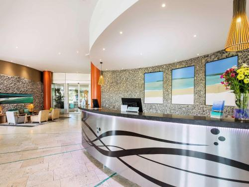 The lobby or reception area at The Sebel Maroochydore