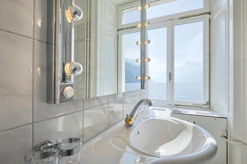 Ein Badezimmer in der Unterkunft Hotel Schmid & Alfa