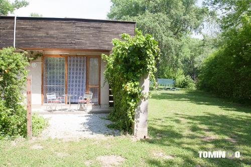 Vonkajšia záhrada v ubytovaní Penzión Heinola