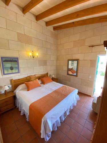 Cama o camas de una habitación en Agroturismo Biniatram