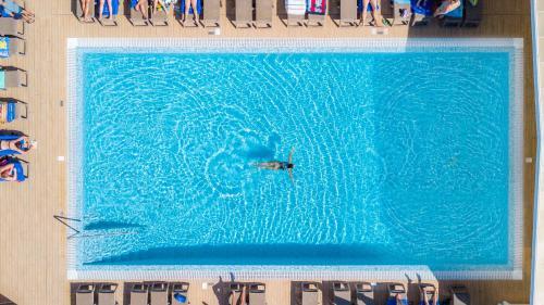 The swimming pool at or near Jupiter Algarve Hotel