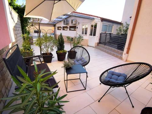 A balcony or terrace at Apartment Dante