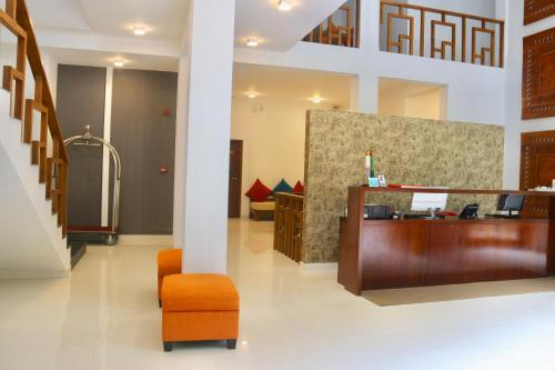 The lobby or reception area at Mount Blue Kandy