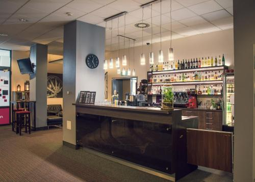 The lounge or bar area at Quality Silesian Hotel