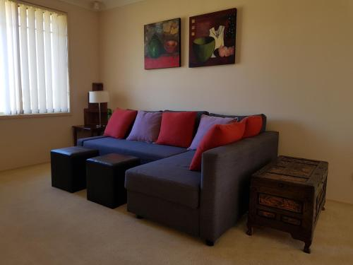 A seating area at Anja's Place In The Hunter Valley