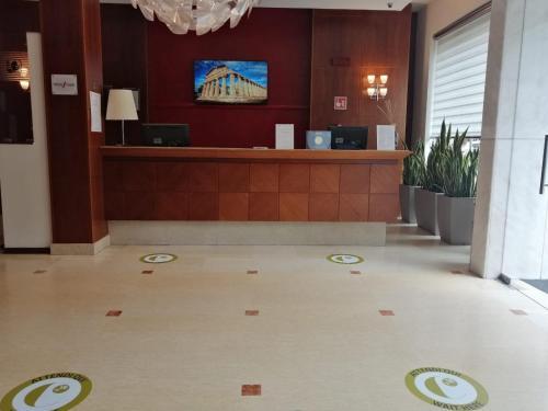The lobby or reception area at Hotel dei Cavalieri Caserta - La Reggia
