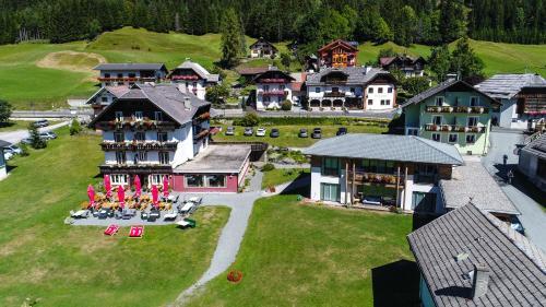 See Hotel Karntnerhof- das Seehotel am Weissensee! Weissensee, Austria