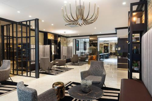 The lobby or reception area at Best Western Plus Hôtel Massena Nice