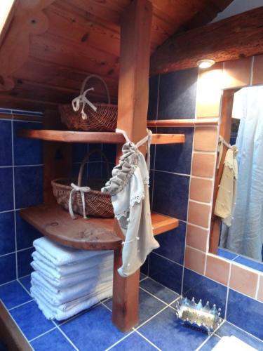 A bathroom at Le Coup de Sabre