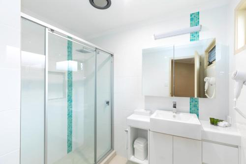 A bathroom at BIG4 Adventure Whitsunday Resort