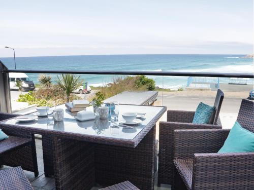 Apartment 3 Fistral Beach