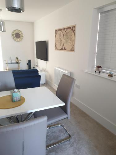 MK Luxury Shared Apartment