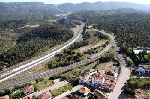A bird's-eye view of El Mesón de Despeñaperros