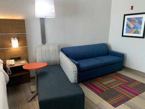 A seating area at Holiday Inn Express Hotel and Suites South Padre Island