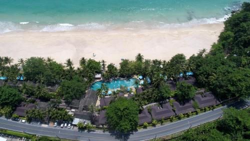 Vaade majutusasutusele Andaman White Beach Resort linnulennult