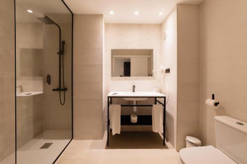A bathroom at Palas Pineda