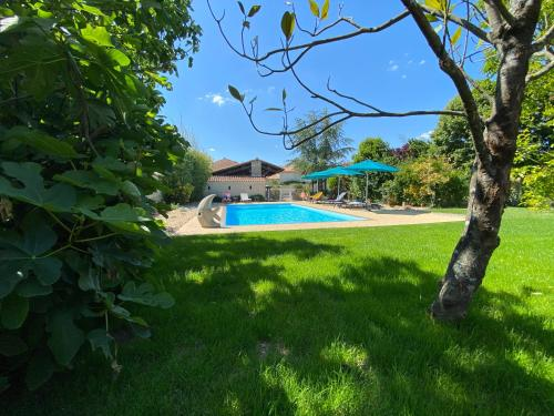 The swimming pool at or near La Rochelle Lodge