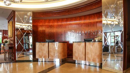 Lobbyn eller receptionsområdet på Hotel Haffner