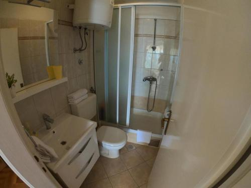 A bathroom at Vanja II