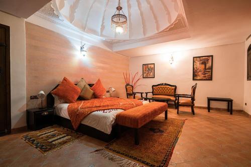 A bed or beds in a room at Villa - Le Diamant De Zaraba