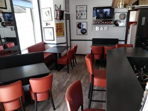 Restaurant ou autre lieu de restauration dans l'établissement Hôtel Gambetta