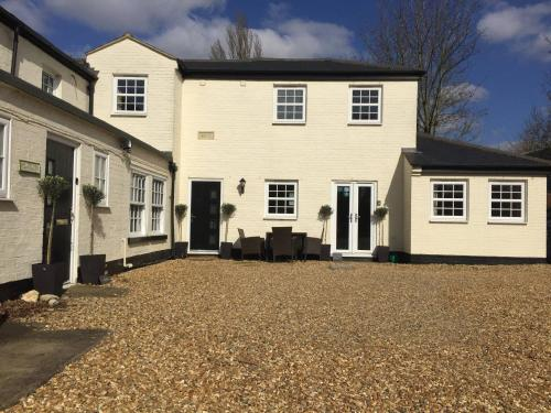 Courtyard Cottage - Great Paxton