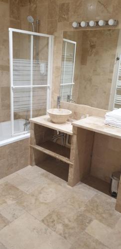 Salle de bains dans l'établissement Villa Varco