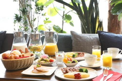 Breakfast options available to guests at Nagoya Kanayama Hotel