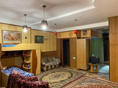 A seating area at Vacation home on ulitsa Lienina 5