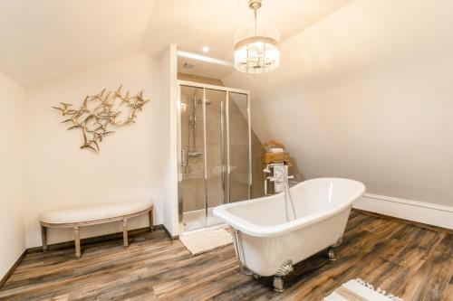 Salle de bains dans l'établissement LA VILLA JEAN-BART