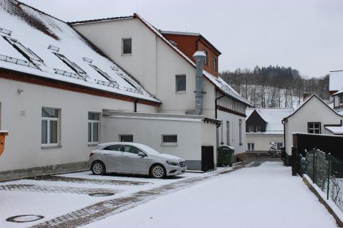 Gasthof und Pension Frankenthal during the winter