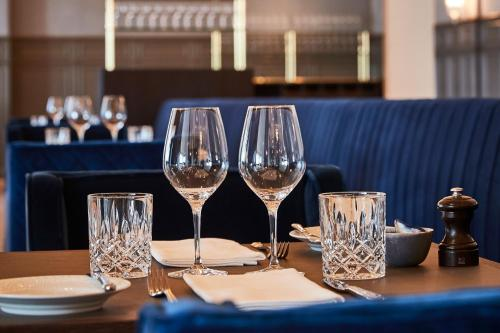A restaurant or other place to eat at Kurhotel Skodsborg