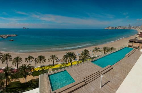 A view of the pool at H10 Porto Poniente 4* Sup or nearby