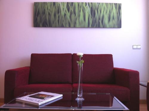 A seating area at Hotel-Apartamentos Tartesos