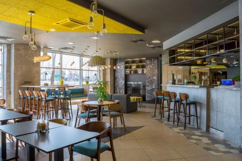 Ресторан / где поесть в IBIS Самара