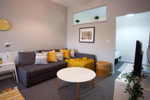 A seating area at Bedford Mews