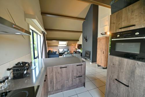 A kitchen or kitchenette at Durbuy - Tourterelle