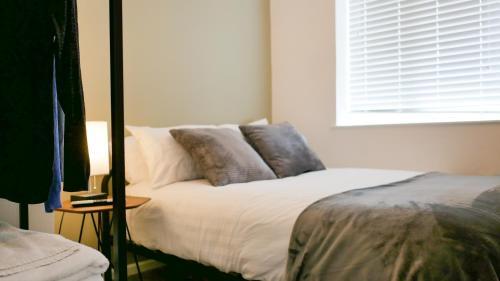 Luxury Modern Apartment with Netflix
