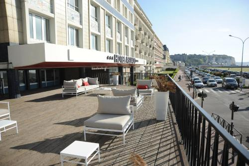 A balcony or terrace at Hotel Aguado