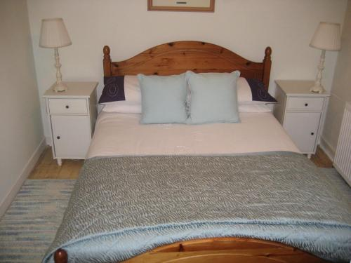 A bed or beds in a room at Newhall