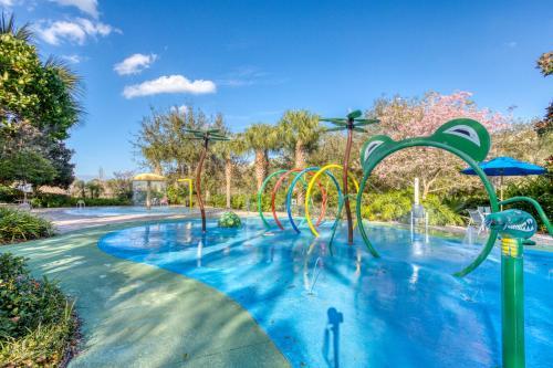 The swimming pool at or close to Bahama Bay Resort - Near Disney