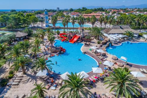 A view of the pool at Cambrils Park Family Resort or nearby