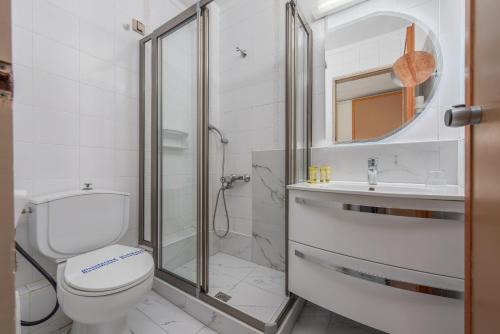 A bathroom at Dionysos Hotel