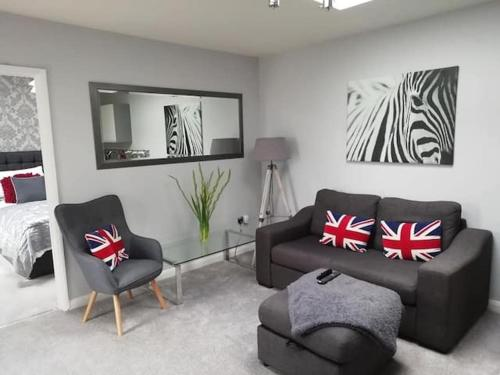 Luxury Annexe, Self Contained, Own Entrance, Marlow